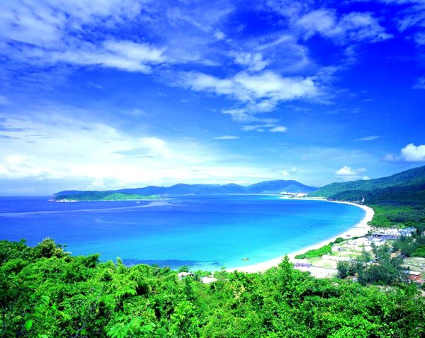 Курорт санья (sanya) называют гавайями китая